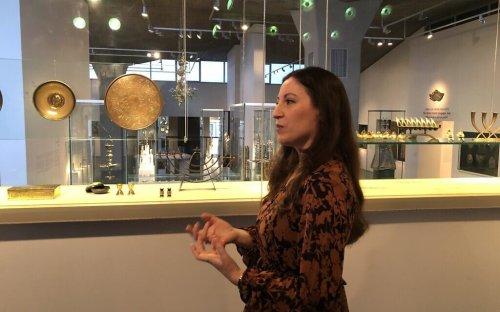 'Israeliana' display at Israel Museum showcases country's early memorabilia