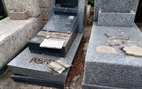 Thieves caught trying to steal 200 headstones at Argentine Jewish cemetery