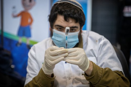 Israeli research explains post-vaccine grogginess, and why it's not worrying