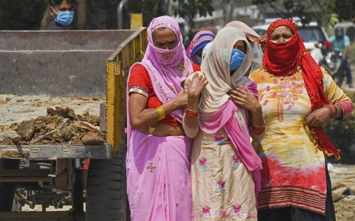 India records over 4,000 COVID deaths in a day amid devastating virus surge