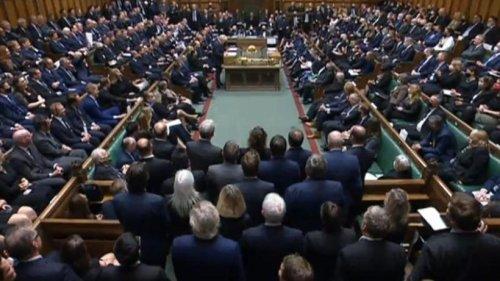 Schweigeminute für getöteten Tory-Abgeordneten
