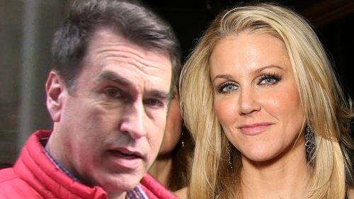 Rob Riggle I Caught My Wife Spying on Me!!! Claims She Planted Hidden Camera