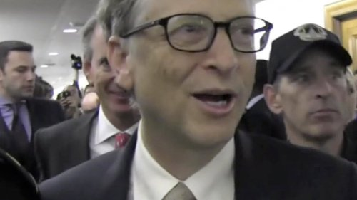 Bill Gates Allegedly Pursued Women at work ... Hooked Up Too