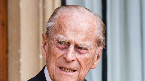 Prince Philip's Funeral Queen Elizabeth & Royals Say Farewell ... All Eyes on Grandsons