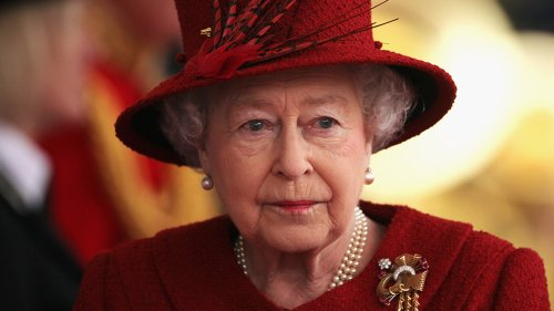 Queen Elizabeth Allegations of Royal Coverup ... After Palace Lied to Media Over Her Condition
