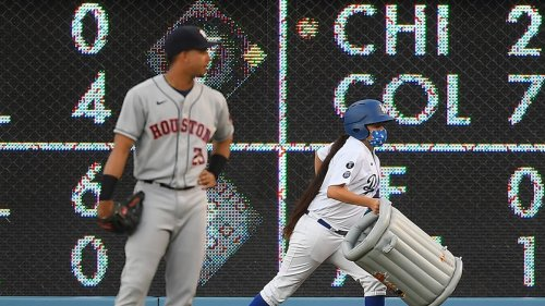 L.A. Dodgers Fans Troll Astros With Trash Cans ... Boos & 'Cheaters' Chants Too