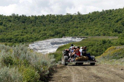 50 Bucket List Ideas For a Fun Filled Summer Trip to Saskatchewan | To Do Canada