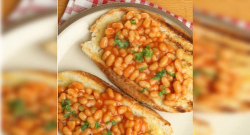 Baked Beans On Toast Recipe: How to Make Baked Beans On Toast Recipe | Homemade Baked Beans On Toast Recipe
