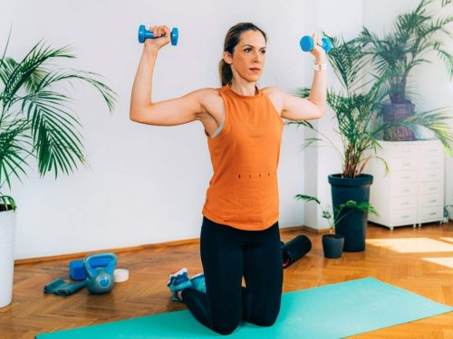 Strength Exercises: 5 exercises you can do to improve your strength (without moving a muscle)!