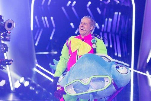 """""""The Masked Singer"""": Pierre Littbarski steigt aus dem Hammerhai – so lief Folge 2"""