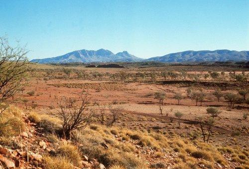"""""""Wunder"""": Zwei Australier werden fast verdurstet im Outback gefunden"""