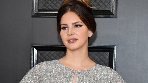 Lana Del Rey Explains Why She's Quitting Social Media in Final Video