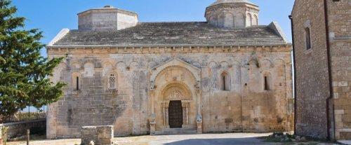"""Nove tesori da scoprire a Manfredonia, in Puglia. E un """"Inno alla vita"""" per celebrarli al meglio"""