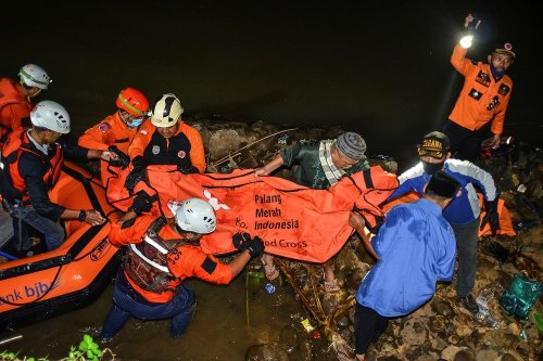Indonesia river cleanup: 11 kids drowned, 10 rescued » TownFlex News