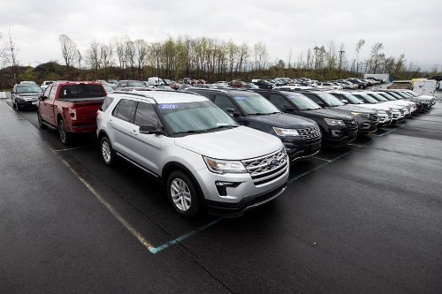 It's the best time ever to sell a used car — as long as you don't need to buy one