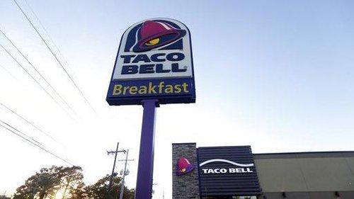 'Total nightmare.' Fast food struggles to hire as demand soars, U.S. economy roars