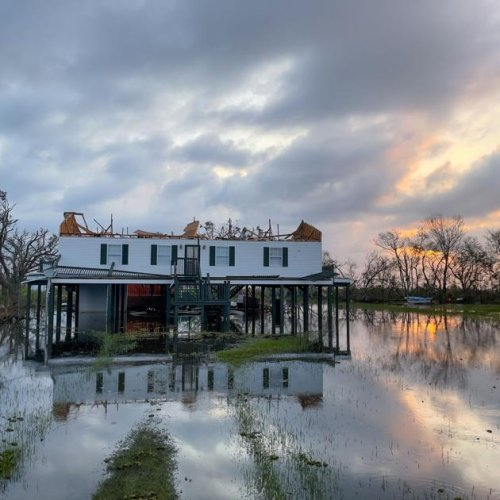 Racing to help her bayou home, a New Orleans chef taps a potent grassroots network