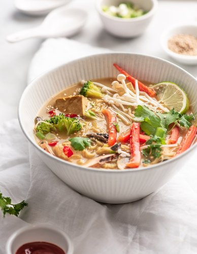 Vegan Recipe: How to Make Thai Curry Noodle Soup