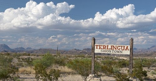 This Tiny Ghost Town Is The Perfect Place To Stay When Visiting Big Bend National Park