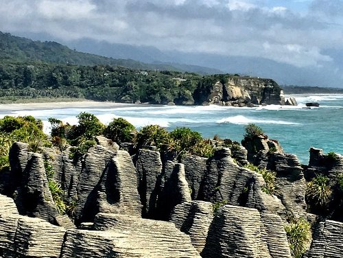 Wānaka, New Zealand: Discover The Grandeur of New Zealand's Rugged West Coast