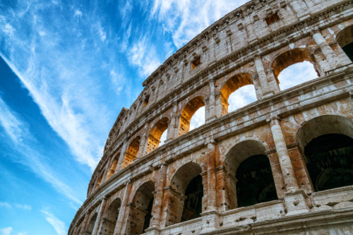 10 Ways To Avoid Looking Like A Tourist In Italy - TravelAwaits