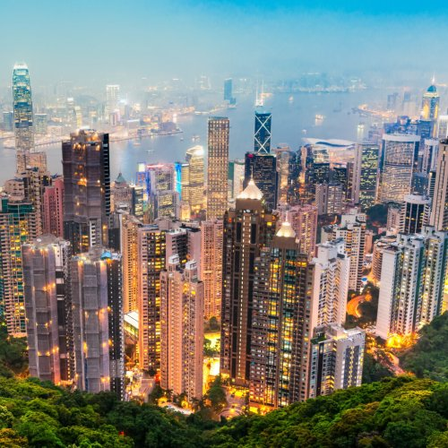 How Traveling To Hong Kong Solo Changed My Life - TravelAwaits