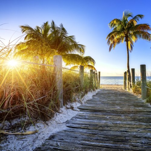 Key West Vs. Key Largo: 9 Key Differences Between Them - TravelAwaits