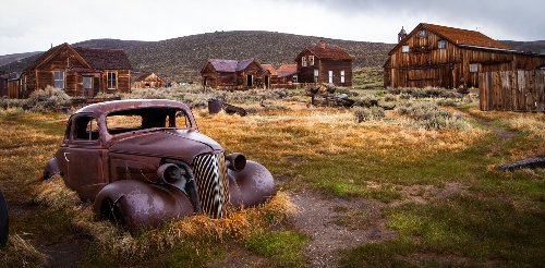 Ghost Towns Around the World cover image