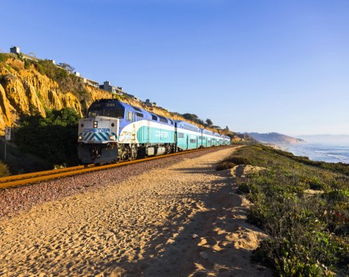 10 Scenic Train Routes That Show You The Beauty Of America