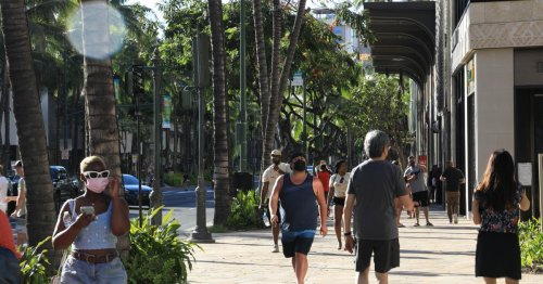 Hawaii Governor Says No Plan For Full Lockdown, Other Restrictions Are Possible - TravelAwaits
