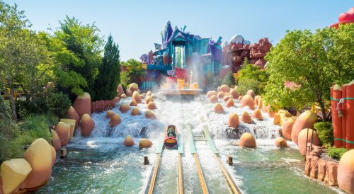 Florida Governor Says No Outbreaks Related To Disney, Universal Theme Parks - TravelAwaits