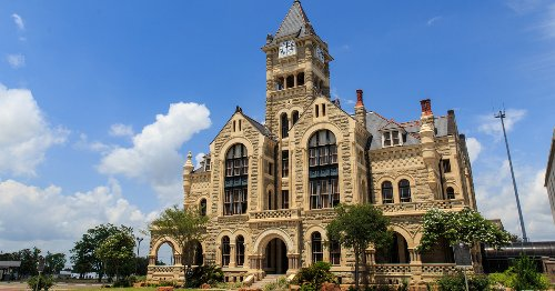 18 Reasons To Fall In Love With Historic Victoria, Texas