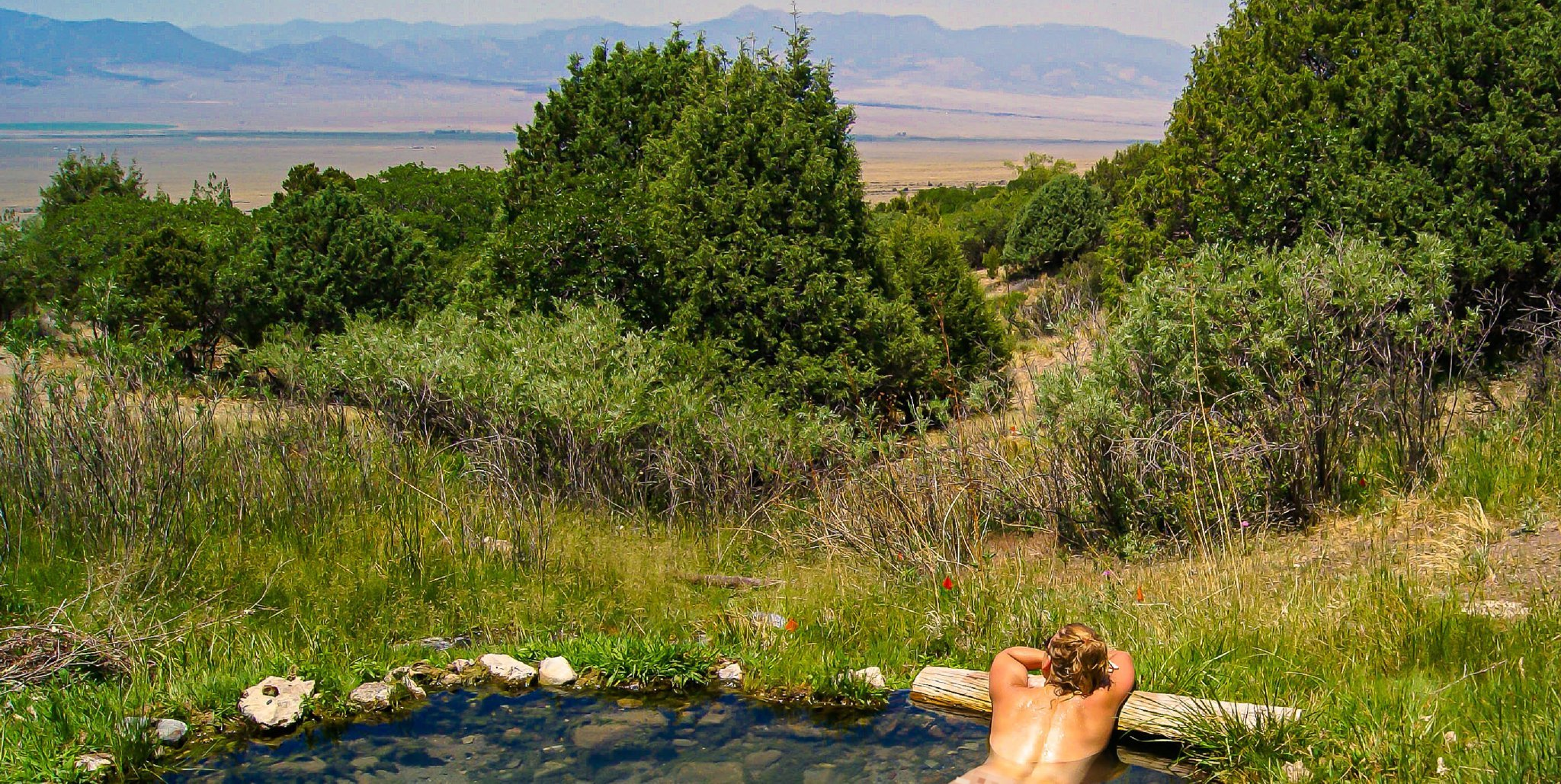 8 Incredible Experiences In Valley View Hot Springs