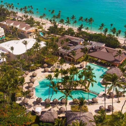 Why An All-Inclusive Resort Is The Perfect Place For A Multigenerational Trip