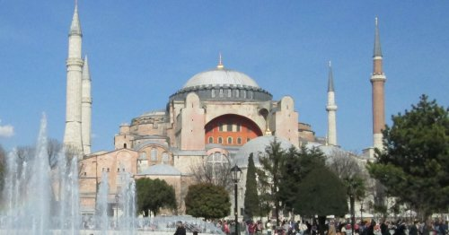 13 Best Things To Do In Istanbul - TravelAwaits