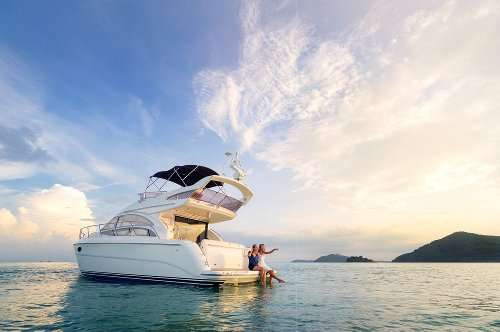 Why You Should Never Buy A Boat - TravelAwaits