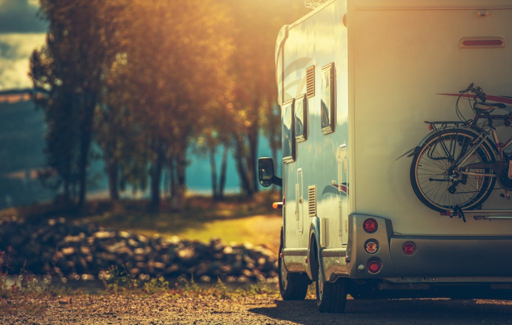 The Complete Guide To RVing - cover