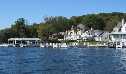 Best Things To Do In Lake Geneva: Where To Eat, Stay, And Play