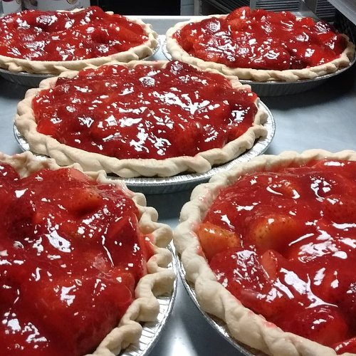 Our 8 All-Time Favorite Bakeries In Illinois