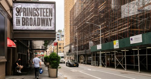 NYC Requiring Vaccines To Attend Broadway Shows, Dine Indoors