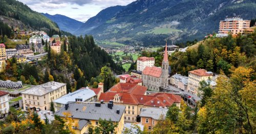 7 Perfectly Romantic Small Towns in Austria - TravelAwaits