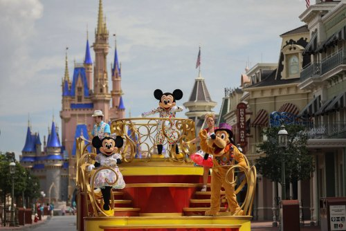 Walt Disney World Increasing Capacity, Could Change Mask Requirement - TravelAwaits