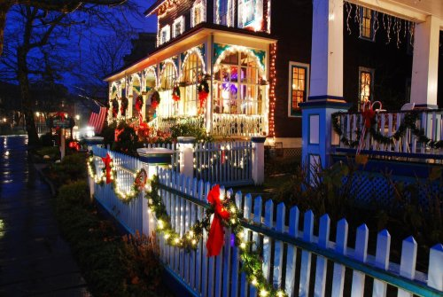 10 West Virginia Towns That Feel Like You're In A Hallmark Christmas Movie - TravelAwaits