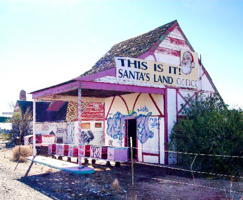 Meet Santa Claus, Arizona: An Abandoned Theme Town In The Middle Of The Desert