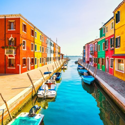 The Colorful Hues Of This Tiny Fishing Village In Italy Will Instantly Cheer You Up - TravelAwaits