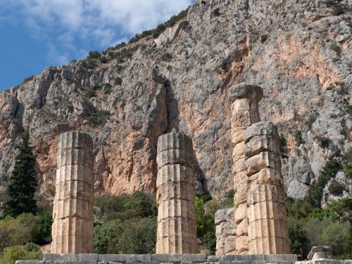 9 Best Things To Do In Delphi - TravelAwaits