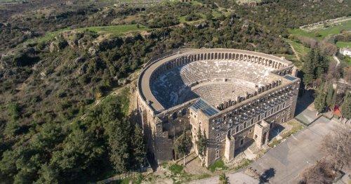 7 Roman Ruins To Explore Outside Of Italy - TravelAwaits