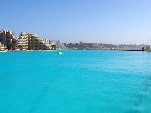 7 Of The World's Largest Swimming Pools - TravelAwaits