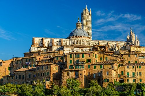 How To Spend A Beautiful Long Weekend In Siena, Italy