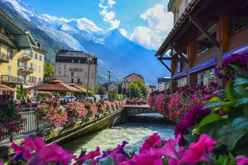6 Reasons France Is Popular With Retirees6 Reasons France Is Popular With Retirees Looking To Live Internationally - TravelAwaits